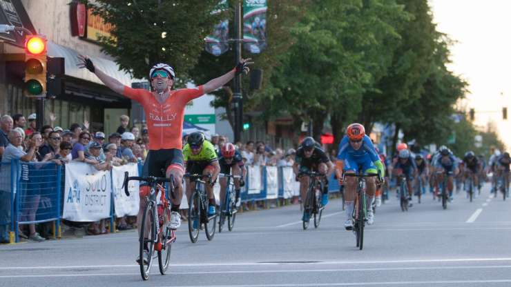 Eric Young wins fourth 2018 BC Superweek race at Giro di Burnaby presented by Appia Developments